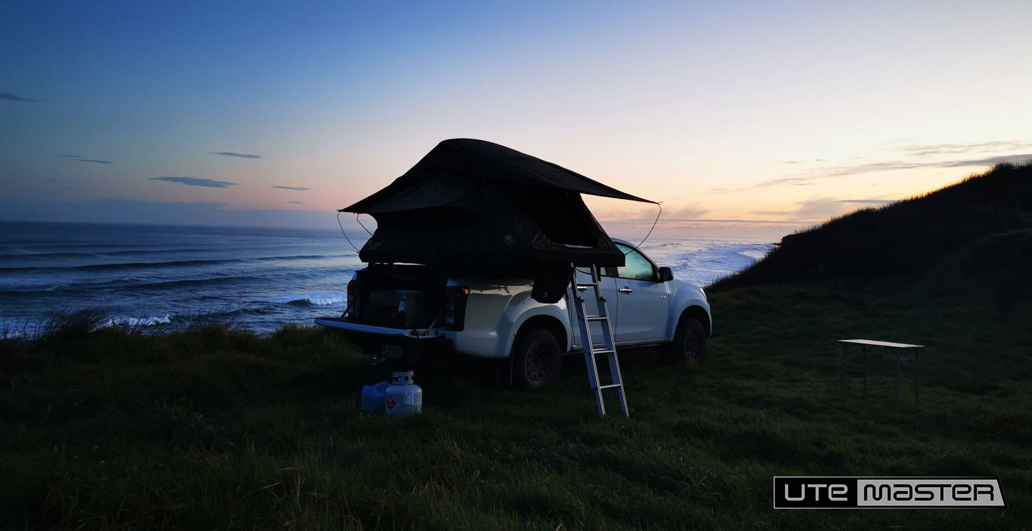 Mounting a Roof Top Tent to a Ute Hard Lid Utemaster Load Lid Adventure Overland