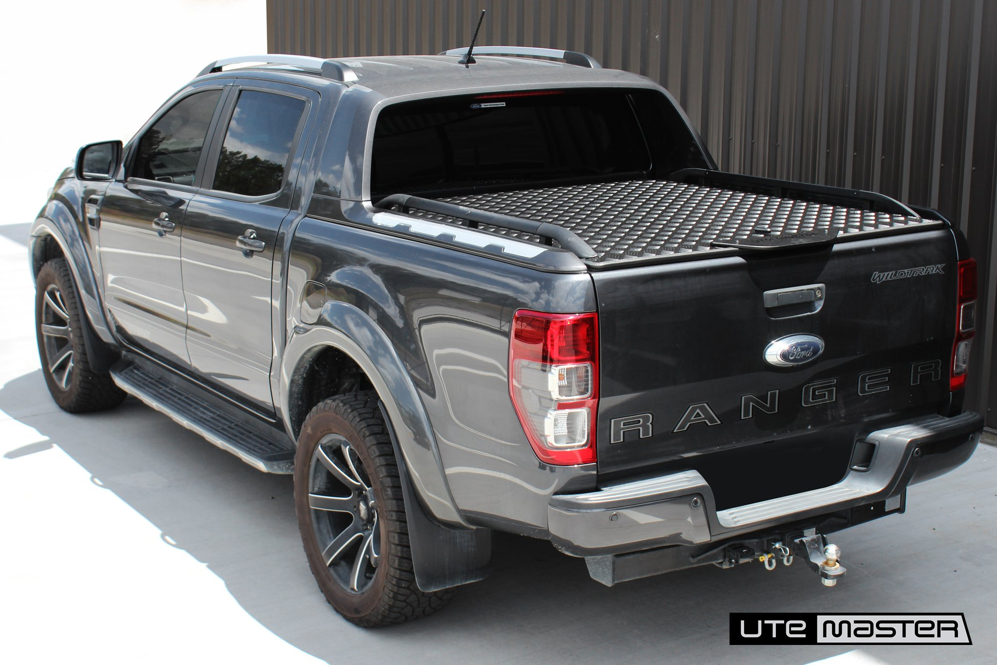 Ford Ranger Wildtrak Hard Lid - Load-Lid by Utemaster