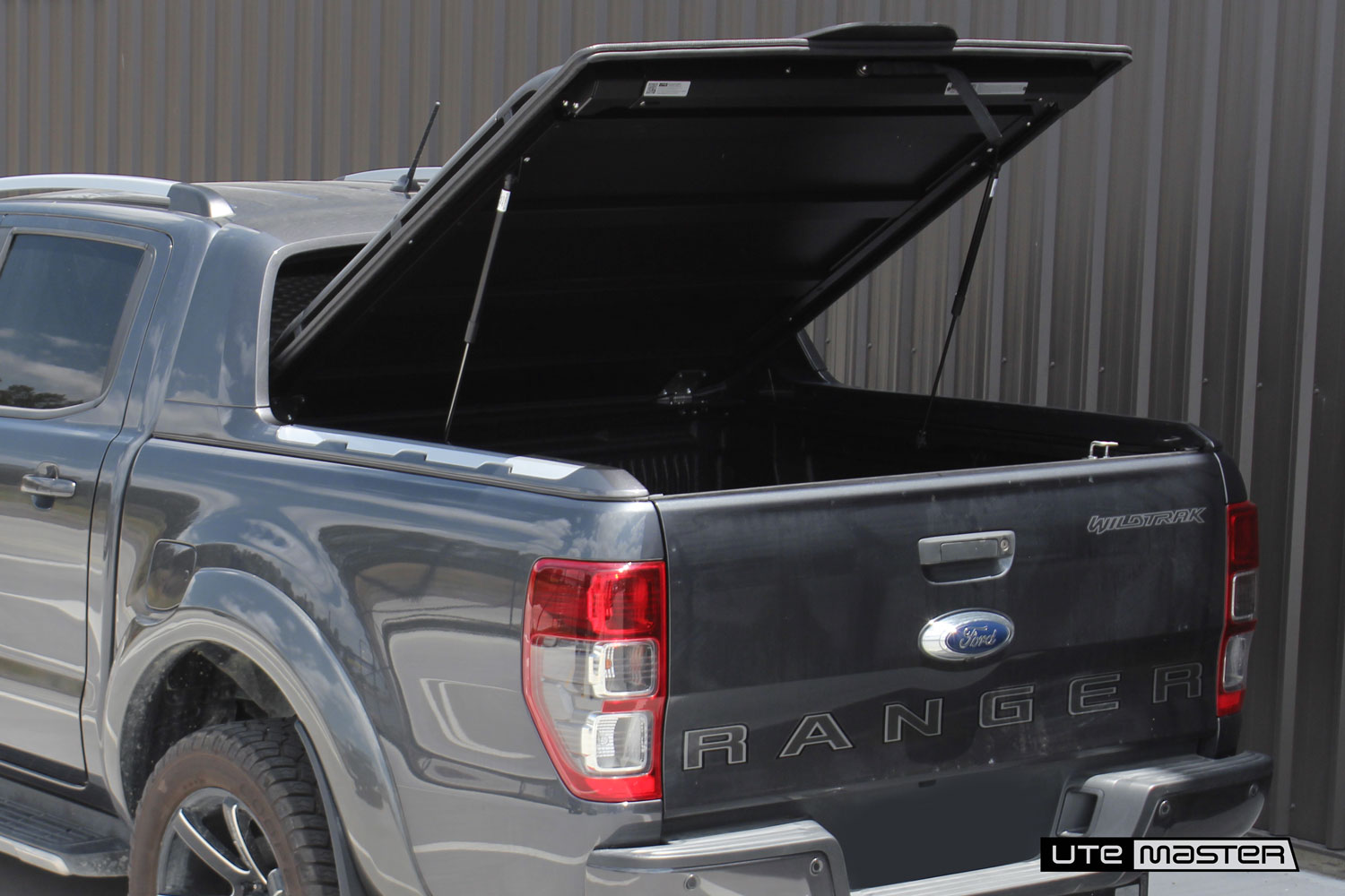 Hard Lid to suit the Ford Ranger Wildtrak_Roller Cover Replacement